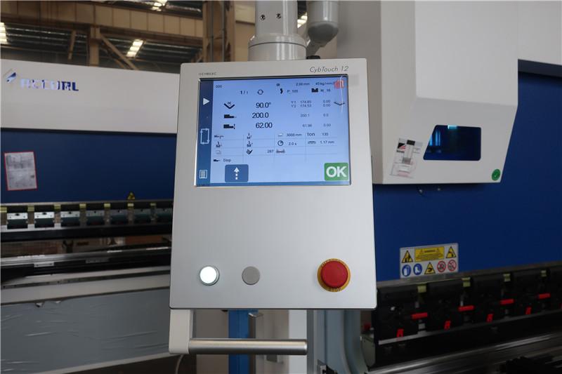 CybTouch 12 PS 2D CNC süsteem