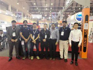 Dubai delegatsioon külastage meie näitust