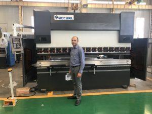 Iraani kliendi katsetamise masin meie tehases 1