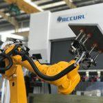 Robotiline painutusrakusüsteem lehtmetalli automaatsetele robotipeeglite piduritele