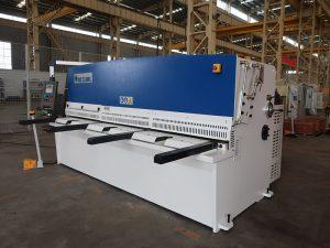 kõrge lõikamise täpsus QC12Y 4x2500 lehtmetalli lõiketöömasin terasplekk hüdrauliline niitmismasin