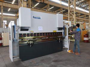 kõrgekvaliteediline kaasaskantav väike 30-tonnine CNC painutusmasin, väike vajutuspidur