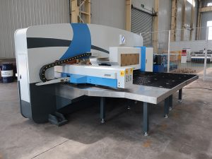 kasutatud cnc turret punch press